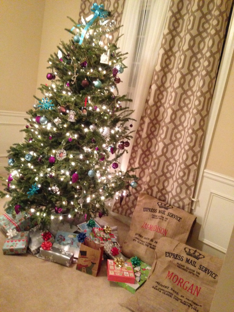 2014 Christmas Home Tour - Putting Gifts Out Under The Tree