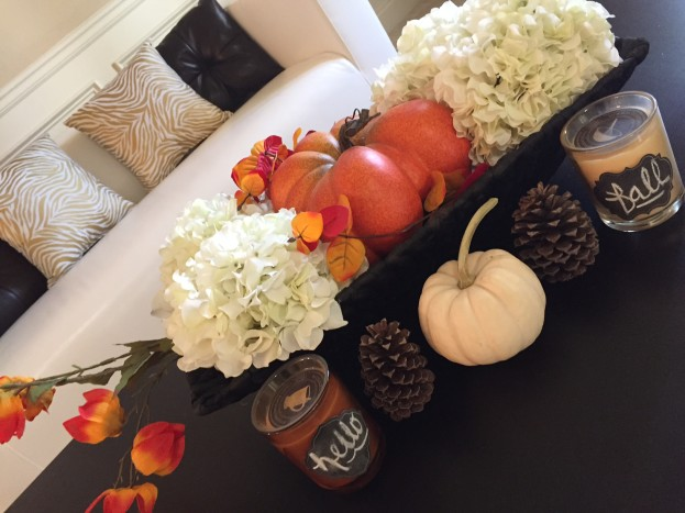 2015 Fall Home Tour - Centerpiece for Formal Living Room - stage-presents.com