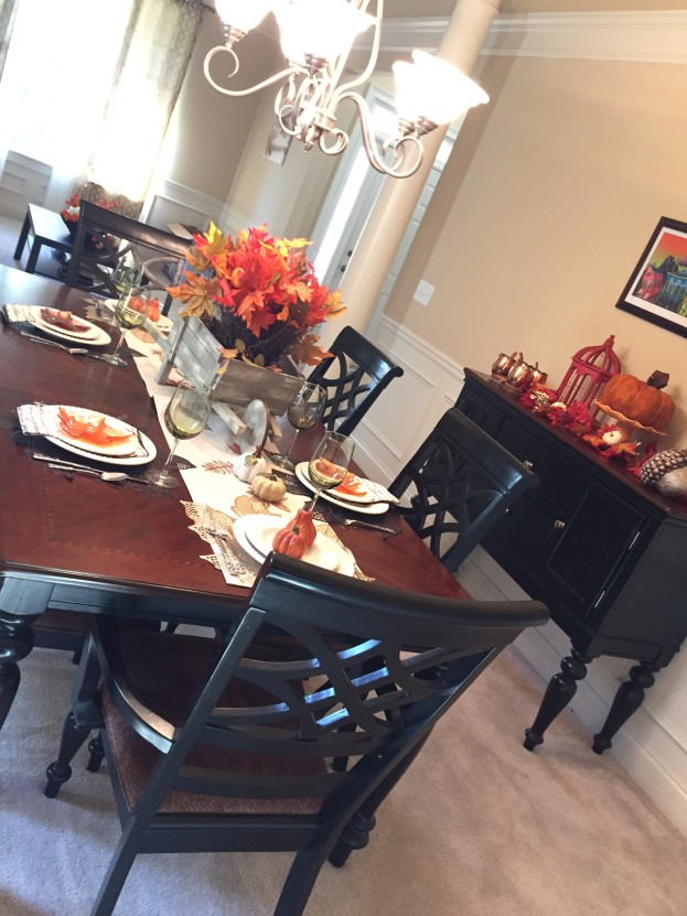 2015 Fall Home Tour - Fall Tablescape - stage-presents.com