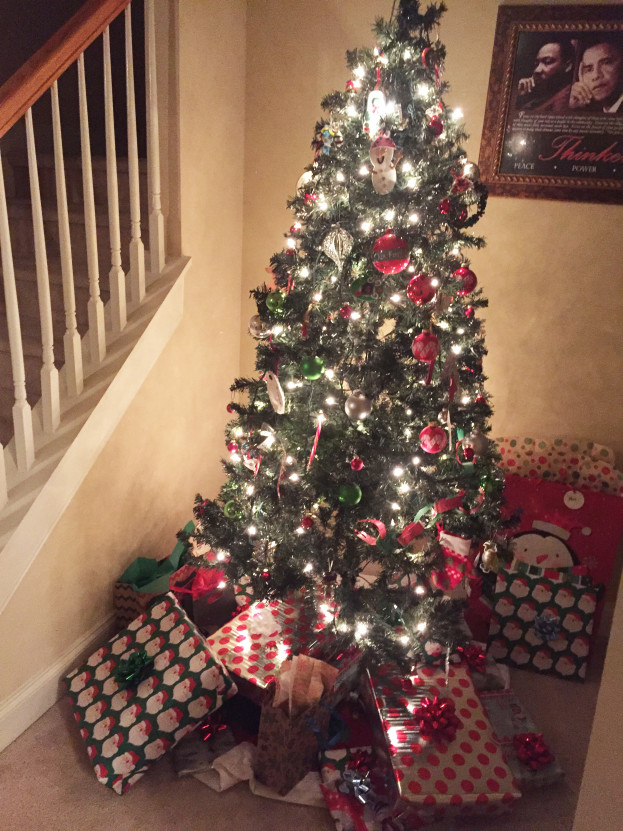 Christmas Home Tour 2015 | Kid's Tree | Stage Presents | DIY Ideas and Christmas Decor