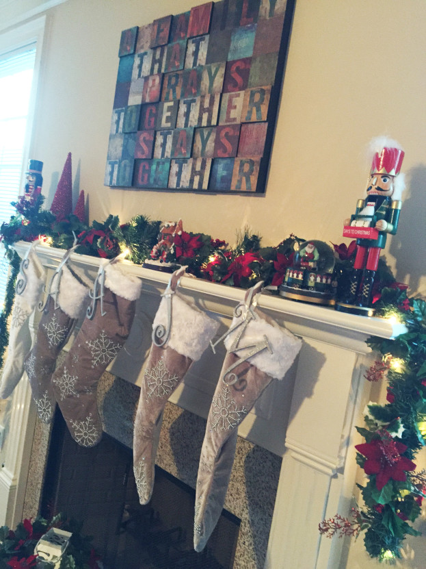 Christmas Home Tour 2015 | Mantel | Stage Presents | DIY Ideas and Christmas Decor