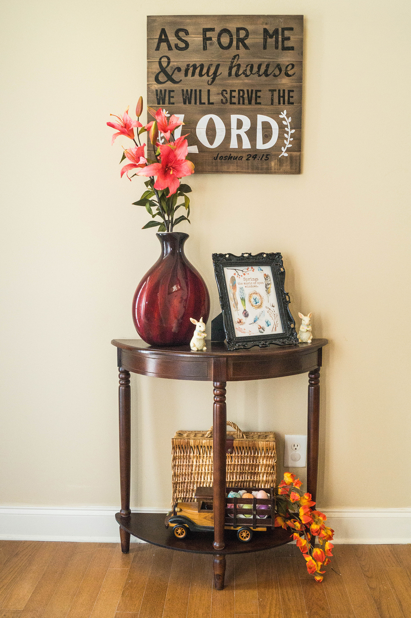 2017 Spring Home Tour - Foyer - www.stage-presents.com